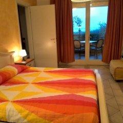 Отель Residence Il Fiore Del Garda Манерба-дель-Гарда комната для гостей фото 2