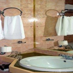 Rainbow Hotel ванная