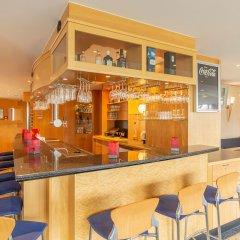 Отель Ramada by Wyndham Hannover Германия, Ганновер - отзывы, цены и фото номеров - забронировать отель Ramada by Wyndham Hannover онлайн гостиничный бар фото 2