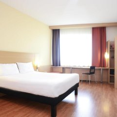 Гостиница Ибис Москва Павелецкая 3* Стандартный номер с двуспальной кроватью