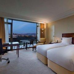 Hilton Istanbul Bosphorus Турция, Стамбул - 5 отзывов об отеле, цены и фото номеров - забронировать отель Hilton Istanbul Bosphorus онлайн комната для гостей