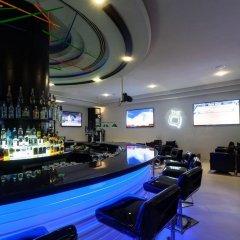 Отель Holiday Inn Dubai - Al Barsha гостиничный бар