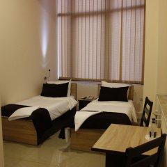 Отель Комфорт Армения, Ереван - отзывы, цены и фото номеров - забронировать отель Комфорт онлайн комната для гостей фото 3