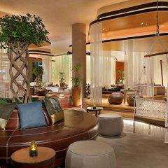 Отель W Muscat Оман, Маскат - отзывы, цены и фото номеров - забронировать отель W Muscat онлайн интерьер отеля фото 3