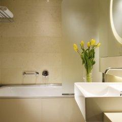 Отель UNAHOTELS Bologna Centro Италия, Болонья - 3 отзыва об отеле, цены и фото номеров - забронировать отель UNAHOTELS Bologna Centro онлайн ванная