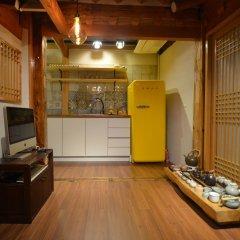 Отель Open Real Luxury Korean Hanok Южная Корея, Сеул - отзывы, цены и фото номеров - забронировать отель Open Real Luxury Korean Hanok онлайн интерьер отеля фото 2