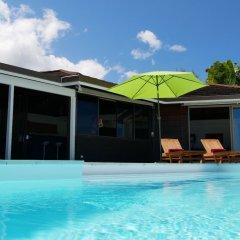 Отель Villa Riviera - Tahiti Французская Полинезия, Пунаауиа - отзывы, цены и фото номеров - забронировать отель Villa Riviera - Tahiti онлайн бассейн