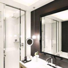 Отель Grand Hôtel Du Palais Royal ванная