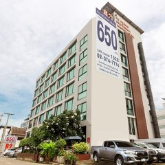 B2 Bangkok Hotel - Srinakarin парковка
