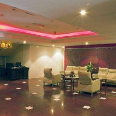 Отель Ramee Royal Hotel ОАЭ, Дубай - отзывы, цены и фото номеров - забронировать отель Ramee Royal Hotel онлайн интерьер отеля фото 2