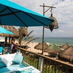 Little Beach Hoi An. A Boutique Hotel & Spa пляж