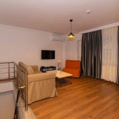 Отель Joy Suites комната для гостей фото 5