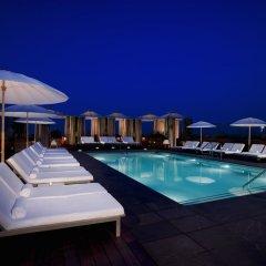 Отель SIXTY Beverly Hills бассейн фото 2