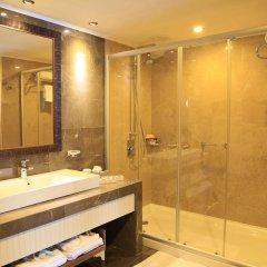 Kolin Турция, Канаккале - отзывы, цены и фото номеров - забронировать отель Kolin онлайн ванная