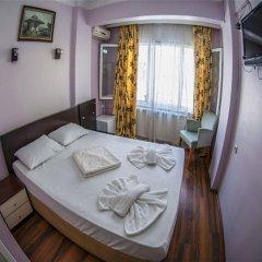 Orient Hostel сейф в номере