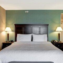 Отель Hampton Inn by Hilton Toronto Airport Corporate Centre Канада, Торонто - отзывы, цены и фото номеров - забронировать отель Hampton Inn by Hilton Toronto Airport Corporate Centre онлайн комната для гостей фото 4