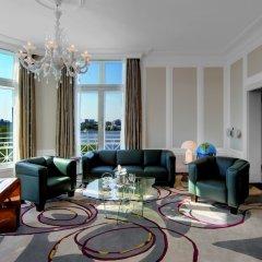 Отель Atlantic Kempinski Hamburg Германия, Гамбург - 2 отзыва об отеле, цены и фото номеров - забронировать отель Atlantic Kempinski Hamburg онлайн комната для гостей фото 12