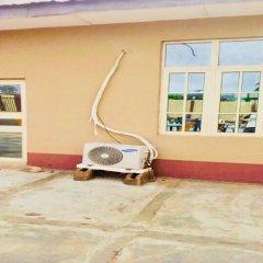 Отель Momak 4 Hotel & Suites Нигерия, Ибадан - отзывы, цены и фото номеров - забронировать отель Momak 4 Hotel & Suites онлайн парковка фото 2