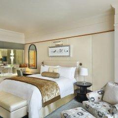 Отель The Ritz-Carlton, Dubai International Financial Centre ОАЭ, Дубай - 8 отзывов об отеле, цены и фото номеров - забронировать отель The Ritz-Carlton, Dubai International Financial Centre онлайн комната для гостей фото 4