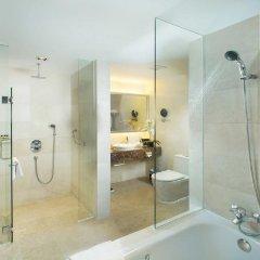 Peninsula Excelsior Hotel Сингапур ванная