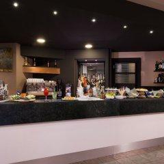 Отель CDH Hotel Parma & Congressi Италия, Парма - отзывы, цены и фото номеров - забронировать отель CDH Hotel Parma & Congressi онлайн гостиничный бар
