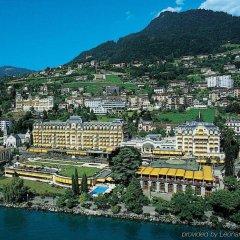 Отель Fairmont Le Montreux Palace городской автобус
