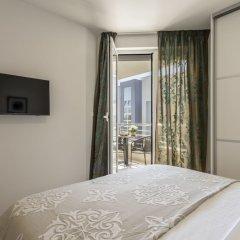 Отель Adriatic Queen Villa сейф в номере