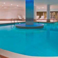 Отель Manoir Victoria Канада, Квебек - отзывы, цены и фото номеров - забронировать отель Manoir Victoria онлайн бассейн фото 2