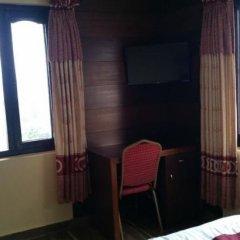 Отель Middle Path Непал, Покхара - отзывы, цены и фото номеров - забронировать отель Middle Path онлайн удобства в номере фото 2