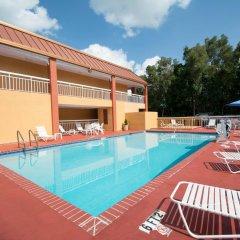 Отель Quality Inn Sarasota North бассейн фото 3