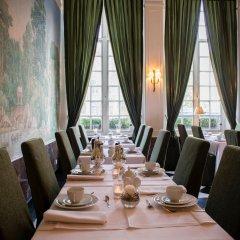 Отель De Tuilerieën - Small Luxury Hotels of the World Бельгия, Брюгге - отзывы, цены и фото номеров - забронировать отель De Tuilerieën - Small Luxury Hotels of the World онлайн питание