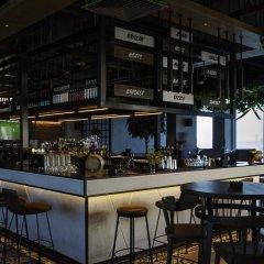 Отель Holiday Inn Dubai Festival City гостиничный бар