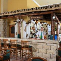 Отель Panas Holiday Village Кипр, Айя-Напа - 13 отзывов об отеле, цены и фото номеров - забронировать отель Panas Holiday Village онлайн гостиничный бар