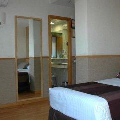 Отель Catalonia Park Güell 3* Стандартный номер с различными типами кроватей фото 29