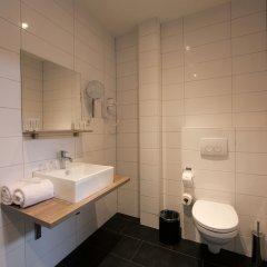Отель Camp Inn Hotel Нидерланды, Амстердам - 2 отзыва об отеле, цены и фото номеров - забронировать отель Camp Inn Hotel онлайн ванная фото 2