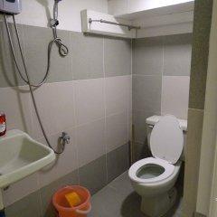 Отель Gaius Pension Inn Филиппины, Манила - отзывы, цены и фото номеров - забронировать отель Gaius Pension Inn онлайн ванная