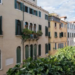 Апартаменты Joseph Apartments Венеция балкон
