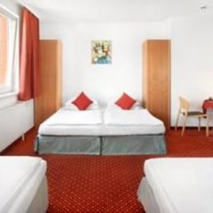 Arion Airport Hotel 4* Стандартный номер с различными типами кроватей фото 31