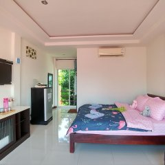 Отель Koh Larn De Beach удобства в номере