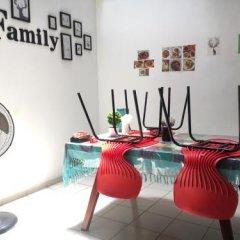Отель Jungle Guest House Шри-Ланка, Галле - отзывы, цены и фото номеров - забронировать отель Jungle Guest House онлайн фитнесс-зал фото 2