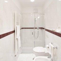 Отель Bavaria Италия, Меран - отзывы, цены и фото номеров - забронировать отель Bavaria онлайн ванная фото 2