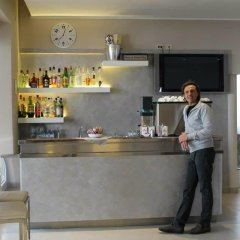 Hotel Sant'elena Римини гостиничный бар