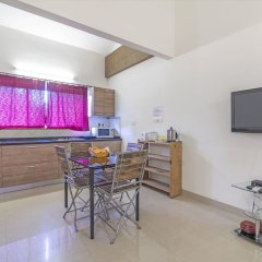 Апартаменты GuestHouser 2 BHK Apartment b45c Гоа в номере
