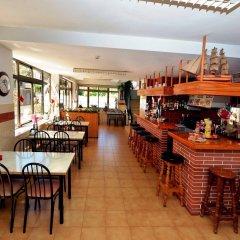 Отель Hostal Magnolia Испания, Льорет-де-Мар - отзывы, цены и фото номеров - забронировать отель Hostal Magnolia онлайн гостиничный бар
