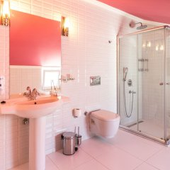 Отель Kalkan Suites ванная фото 2