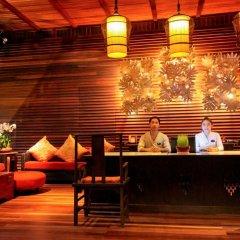 Отель Buri Rasa Village интерьер отеля