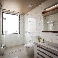 Отель The Ocean Colombo ванная фото 2