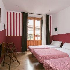 Отель Hostal Abaaly Испания, Мадрид - 4 отзыва об отеле, цены и фото номеров - забронировать отель Hostal Abaaly онлайн комната для гостей фото 3