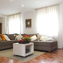 Отель B&b Vistamar Holidays - Adults Only Барселона комната для гостей