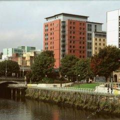 Отель Jurys Inn Glasgow Глазго приотельная территория фото 2